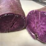 【紫芋】家庭菜園でできた紫色のサツマイモでご飯を炊いたらすごい色になりました!