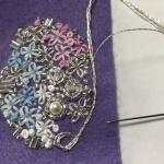 【フェルト手芸】依頼品のきらきらビーズ刺繍のブローチ作りました!