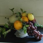 フルーツを使った秋のフラワーアレンジ
