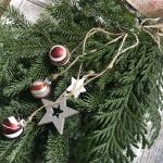 【ドア飾り】クリスマスドアスワッグとても簡単!作り方とポイント