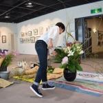 【水彩画教室作品展】花装飾してきました!今年はコスモスの季節にできました