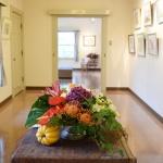 山手234番館【水彩画作品展】に花装飾してきました!