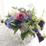 【フラワーアレンジメント】紫陽花を使った洋風なフロウイングスタイル