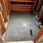 【浴室・洗面リフォーム】工事2日目 土間コンクリート打ちと水道管配管工事